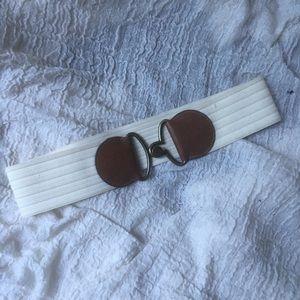 OLD NAVY cream + tan elastic waist belt